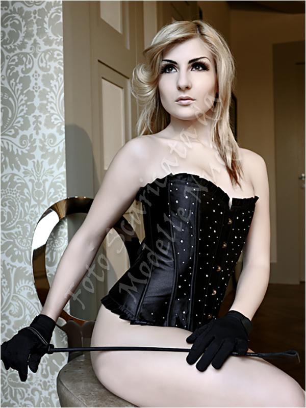 Alessandra P modella toscana