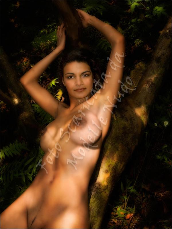 Blin Girl fotomodella hawaiana