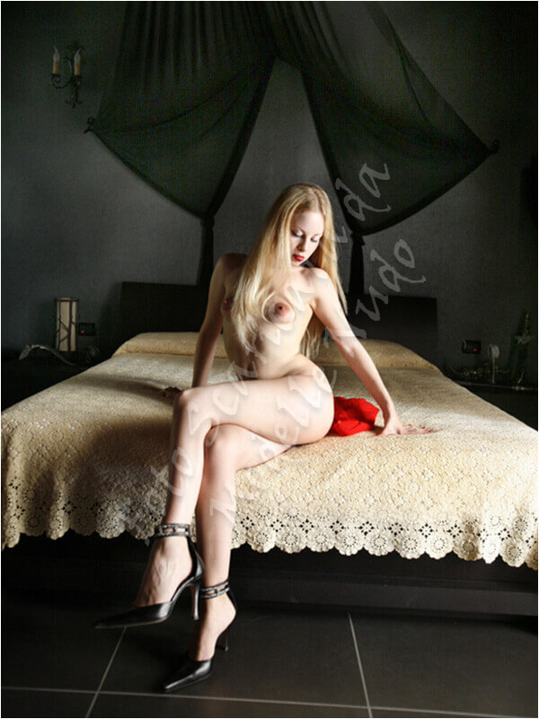 Dead Doll Fotomodella Ragusa